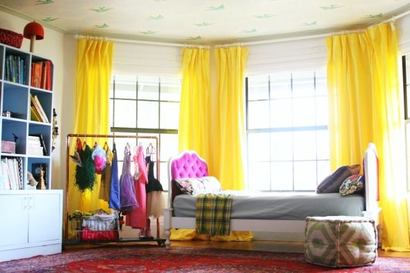 DIY Tufting Technique via LGN: Kids Dresses Up, Yellow Curtains, Dresses Up Costumes, Kid Rooms, Diy Kids, Little Green Notebooks, Storage Ideas, Girls Rooms, Kids Rooms