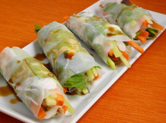 Rollitos frescos de verduras y papel de arroz.                                                                                                                                                     Más