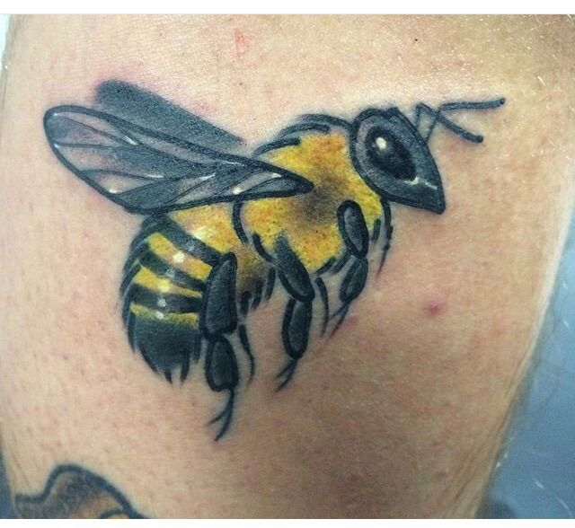 Little bumble bee  added to my leg Artist: Marco Zuno Shop: The Anchor Bar and Tattoo studio  Location: 1878 Piedmont Rd NE Atlanta‎ GA‎ 30324 United States