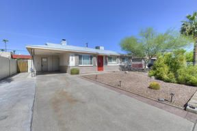 Scottsdale Homes For Sale for under $300,000  $289,900, 3 Beds, 2 Baths, 1,092 Sqr Feet  Very Clean 3 bedroom, 2 Bath; New AC unit; New EnergyStar roof; Interior fr ..   http://mikebruen.searchforhomesinarizona.com/property/22-5644152-720-N-72nd-Place-Scottsdale-AZ-85257