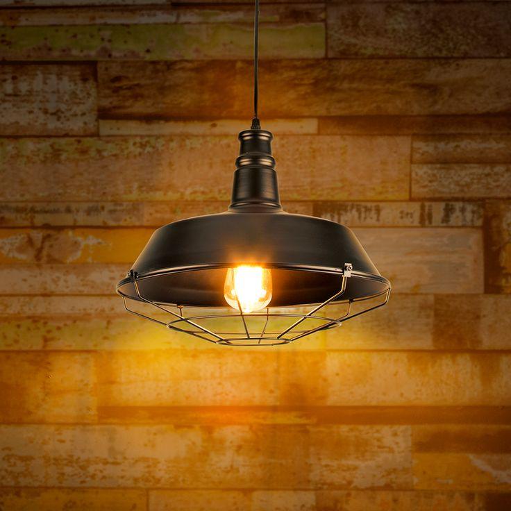 Lámpara colgante estilo vintage para interiores. Decoración de interiores estilo industrial. Casas modernas.