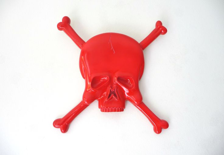 "Most of our plaques or mirrors can be painted in any solid colour, this is the skull or ""Bones"" collection."