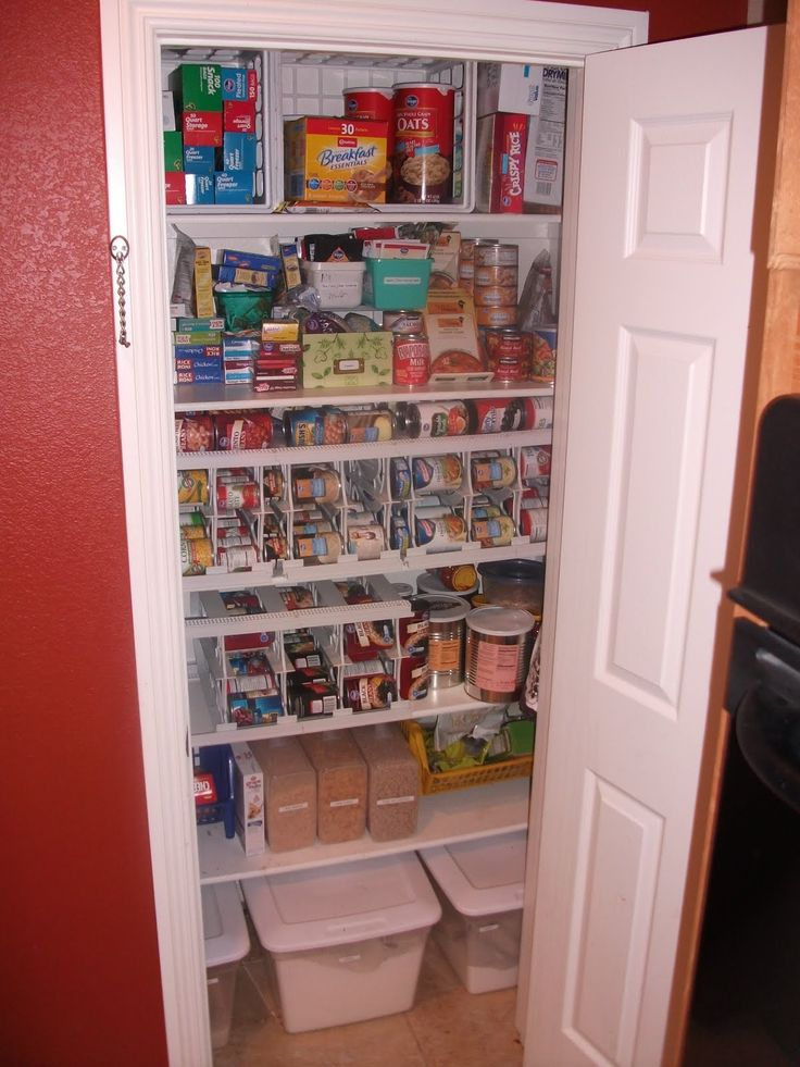 Best 25 small pantry closet ideas on pinterest small for Kitchen closet