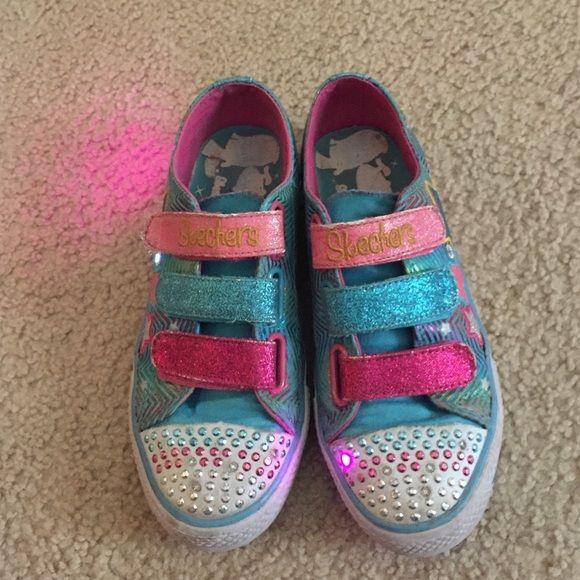 Skechers twinkle toes Gently worn, kids size 3 Skechers Shoes Sneakers