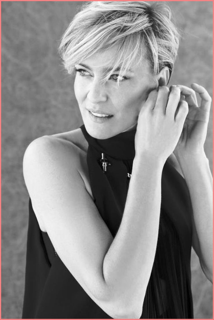 Best Robin Wright Short Hair Style