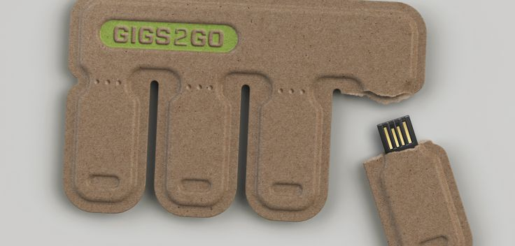 GIGS.2.GO is a concept for a credit-card-sized pack of four USB flash drives that tear off so you can share them.