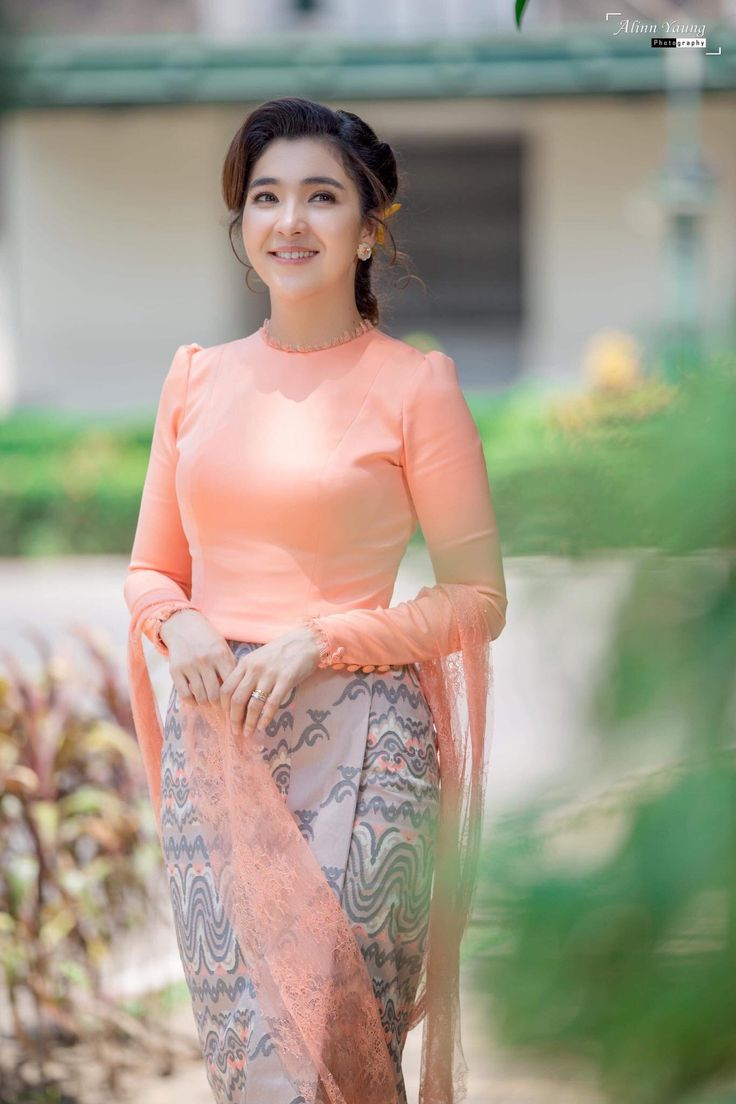 Pin By Phk Chirpy On Myanmar Dress  Traditional Dresses -3278