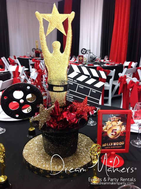 Centro de mesa para fiesta temática Hollywood. #FiestaTematica