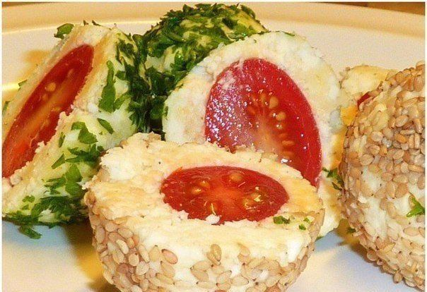 Appetizer Balls with Cheese and Tomato