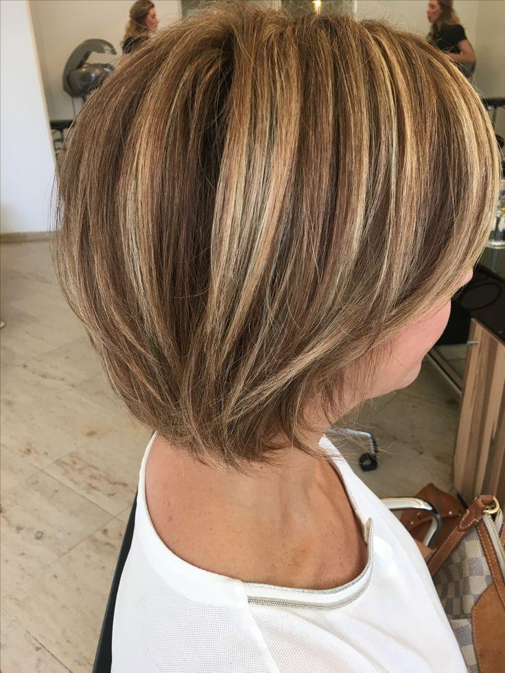 halflang bruin haar met highlights