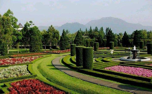 Taman Bunga Bougenville Bandung