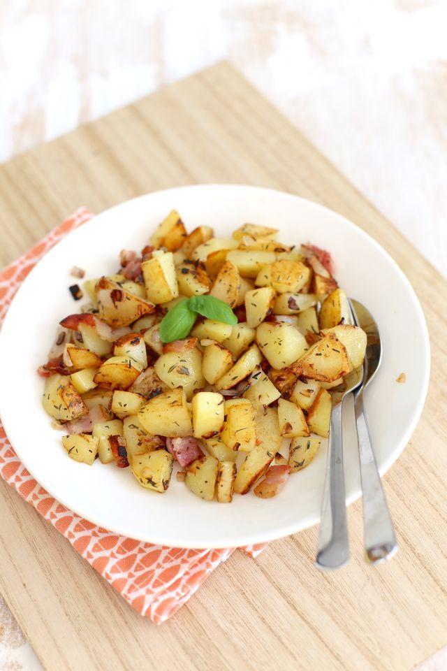 Wij zijn gek op aardappeltjes en dan het liefste gebakken in de pan of uit de oven. We wilden eens varieren en hebben gekozen voor aardappels met spek en ui. Heel erg lekker en zeker voor herhaling va