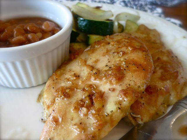 Sweet Garlic Glazed Chicken 6 boneless chicken breasts 4 garlic cloves chopped