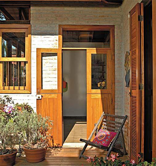 contemporary brick house with retroe elegant style (10)