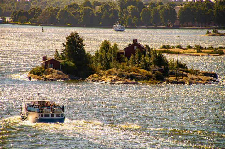 Little islands with cottages near Helsinki  #helsinki #finland #flowers #street #suomenlinna #travel #architecture #sky #europe #sea #houses #keskusta #picoftheday #europe #pictures #photos #ig_finland #visithelsinki #myhelsinki #igtravel #tervetuloa # #suomi #visitfinland #visitscandinavia #islands #photoofday #photooftheday #travel