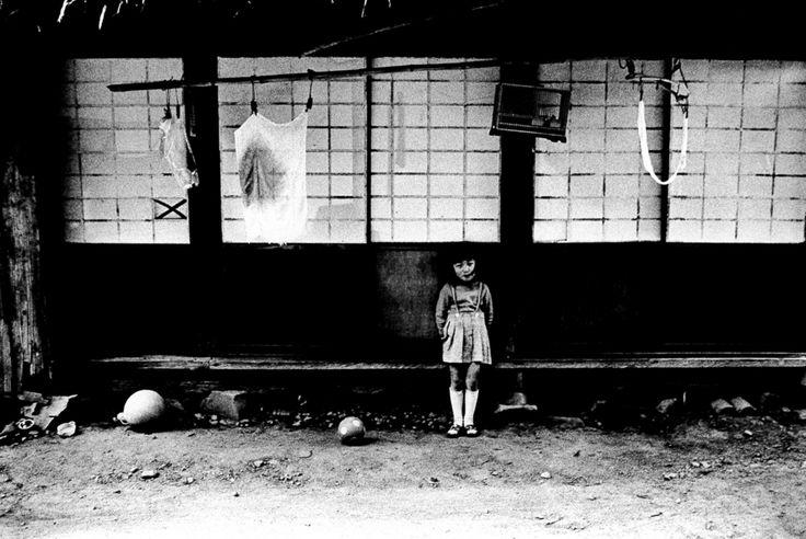 「村へ」-ヴィンテージプリント展- / 北井一夫