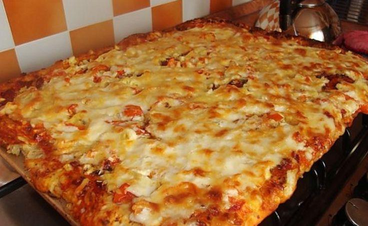 Rețeta rapidă de pizza — o idee excelentă pentru o cină savuroasă! - Retete-Usoare.eu