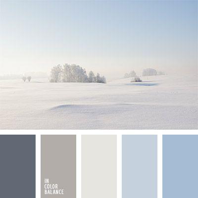 beige, color azul aciano, color azul oscuro pálido, color beige grisáceo, color niebla de mañana, color niebla invernal, marrón grisáceo, marrón polvoriento, marrón y azul claro, matices de color marrón grisáceo, paleta de colores para invierno, tonos celestes.