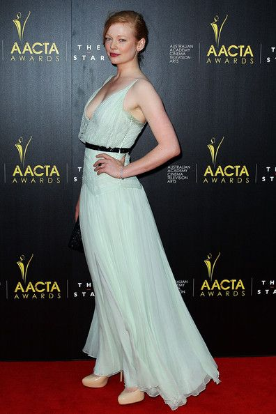 Sarah Snook Evening Dress - Sarah Snook looked like a dream in this pale sage chiffon dress at the AACTA Awards.