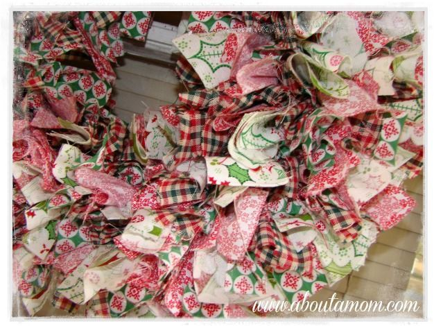 How to Make a Rag Wreath for the Holidays