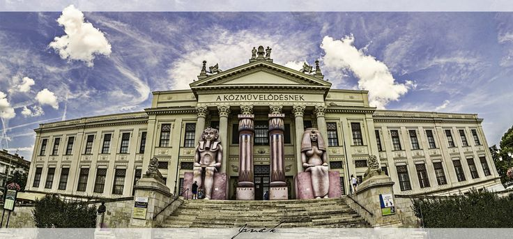Ferenc Mora Museum by Javick  on 500px