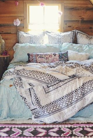 Um HI Cosiest-Looking Duvet Set Ever! Love This Mix & Match Prints On These Bed Linens