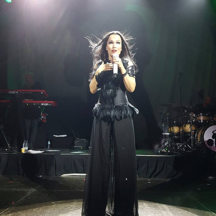 Tarja Turunen live at Joy Eslava, Madrid, Spain. The Shadow Shows, 05/11/2016 #tarja #tarjaturunen #theshadowshows #tarjalive PH: Al Jaeguerjacques Maxwell https://www.instagram.com/grimmjow_23/