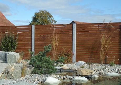 Zaun als Sichtschutz inHolzdekormit horizontaler Füllung