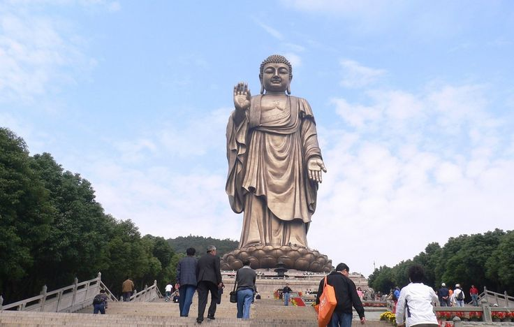 Spring Buddha Temple, Henan, China ~~  Bouddha du Temple du Printemps, Henan, Chine