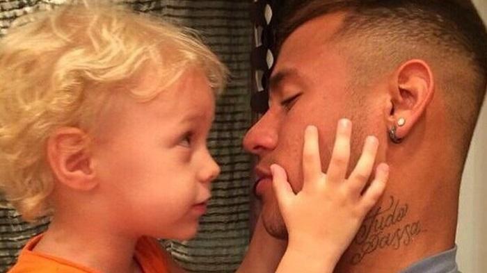 Instagram Neymar - Rayakan Ultah Ke-5 Sang Anak, Punggawa Barcelona Unggah…