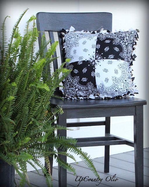 UpCountry Olio: Super Cinchy Bandana Pillow  So cute!!!