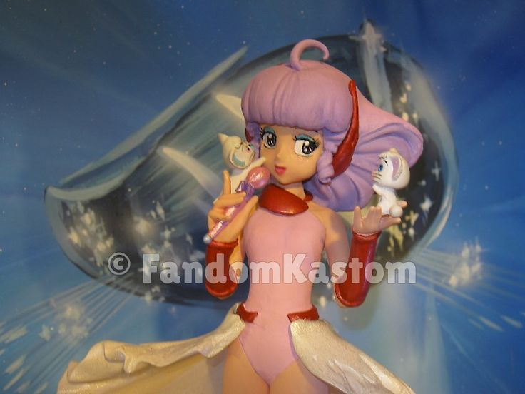 FandomKastom scale 1/7, height 22 cm. Totally resin, created exclusively to celebrate Creamy Mami on his thirtieth anniversary. The model includes microphone and Posi and Nega. You WILL BE REACHED AT LEAST 5 RESERVATIONS WILL CREATE COPIES. https://www.facebook.com/FandomKastom/