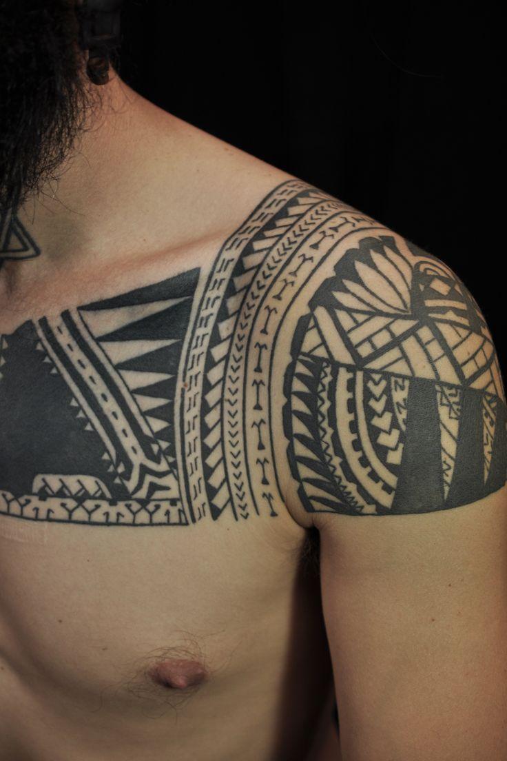 28 best polynesian ideas images on pinterest polynesian tattoos samoan tattoo and maori tattoos. Black Bedroom Furniture Sets. Home Design Ideas