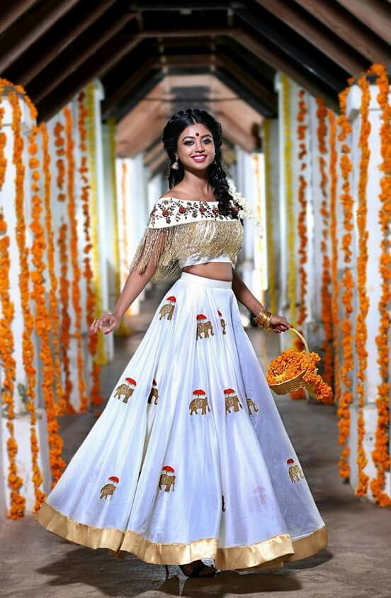 Pin By Santhi Krishna On Crop Top And Full Skirt In 2019