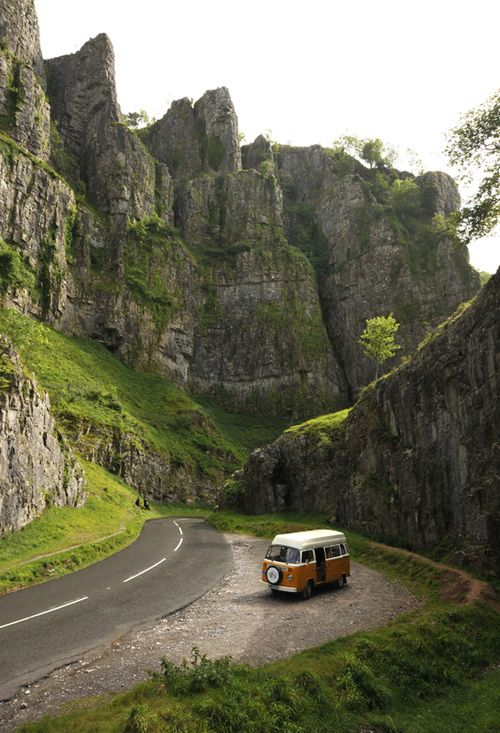 travelingcolors:  Cheddar Gorge, Somerset | England (by Nigel Atherton)