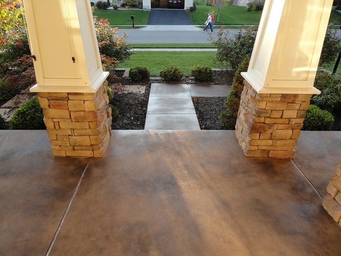 Top 25 best stained concrete porch ideas on pinterest for Stained front porch