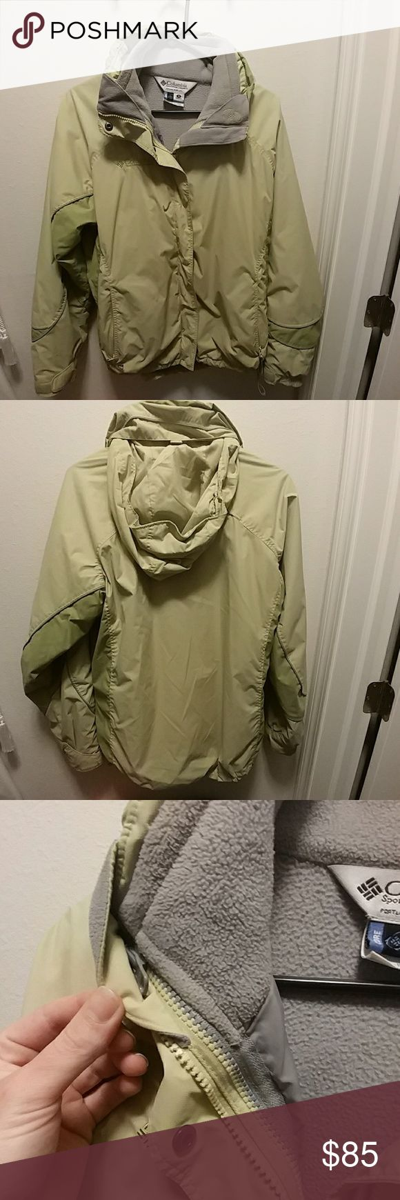 🎆SALE🎆Columbia Jacket Women's Green Columbia Jacket with removable fleece liner (great to wear separately for spring/fall weather. Color: heather grey) also has attached hood that can be zipped away in hidden pocket. Many pockets! Also has tabs to loosen/tighten waist of jacket. Hate to say goodbye but got a new Columbia this Winter. Great condition; outside liner may need a wash. Make me an offer! Columbia Jackets & Coats