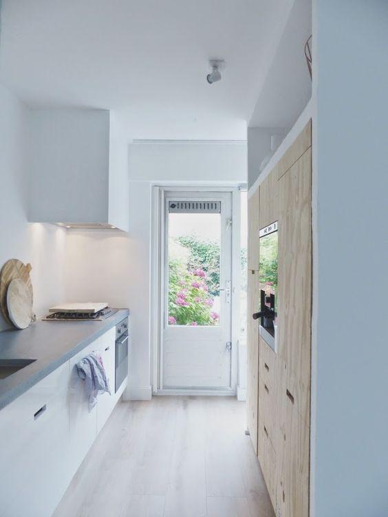 Een klein huis maar grote wensen? http://www.vanwanrooij-warenhuys.nl/keukens/: