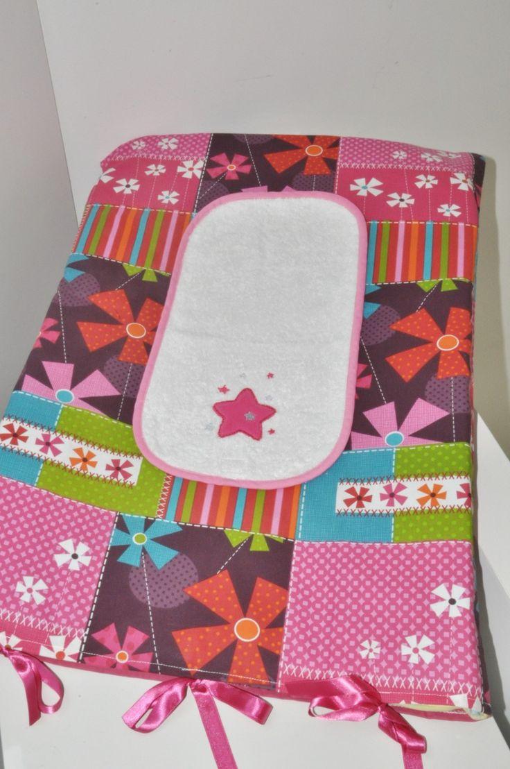 housse matelas à langer personnalisé patchwork + 1 lange étoile brodés rose : Puériculture par lbm-creation