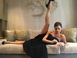 This Photo of Victoria Beckham Is Every Fashion Girl When She Gets Home