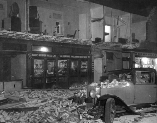 Earthquake aftermath, Compton, California, 1933 | Yesterday's Print