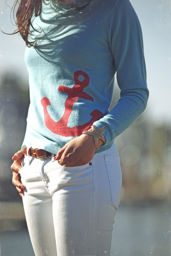 Classy Girls Wear Pearls: Two Bees in Cashmere