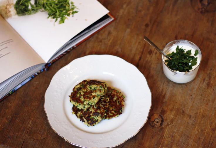 Recept: heerlijke & gezonde courgette fritters
