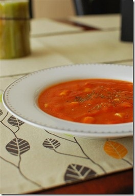Tomato and Pasta Soup | Slimming Eats - Slimming World Recipes