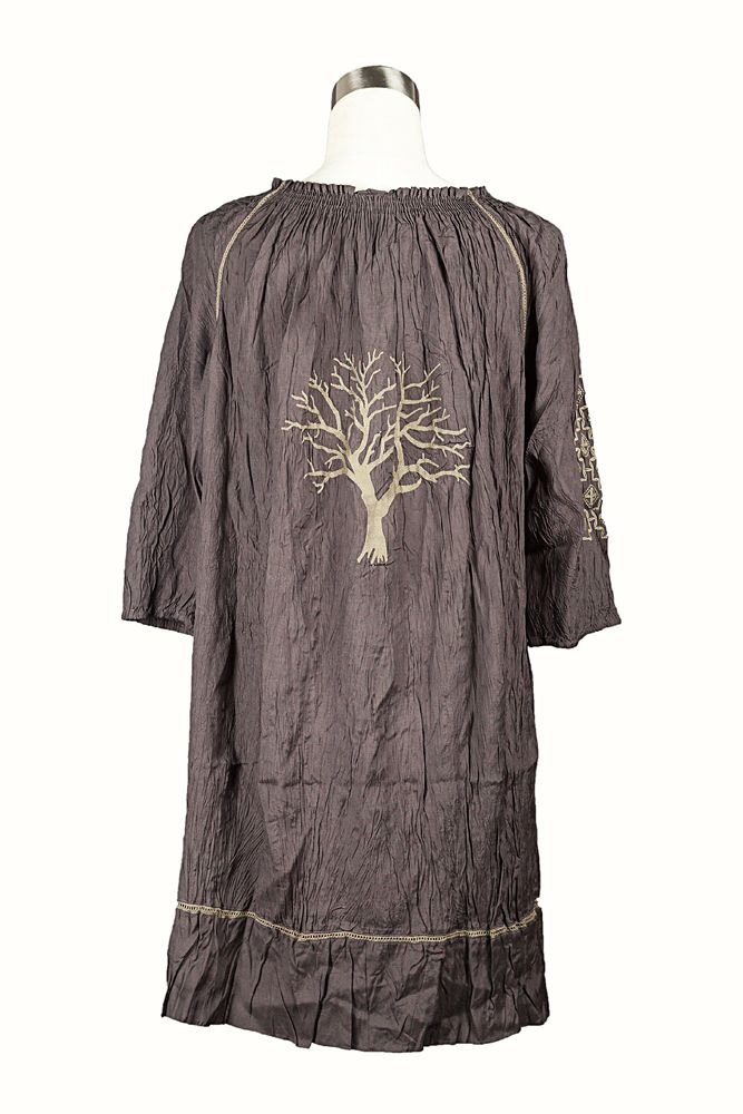 Tree of life embroidered on the back of the grey tunic-stunning!