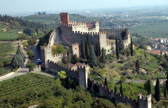 Soave, Verona, castello:
