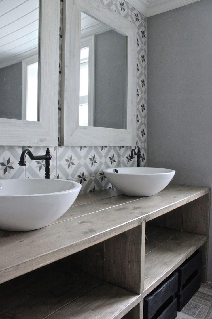 Mias interi r bathroom vives azulejos y gres calvet for Azulejos vives