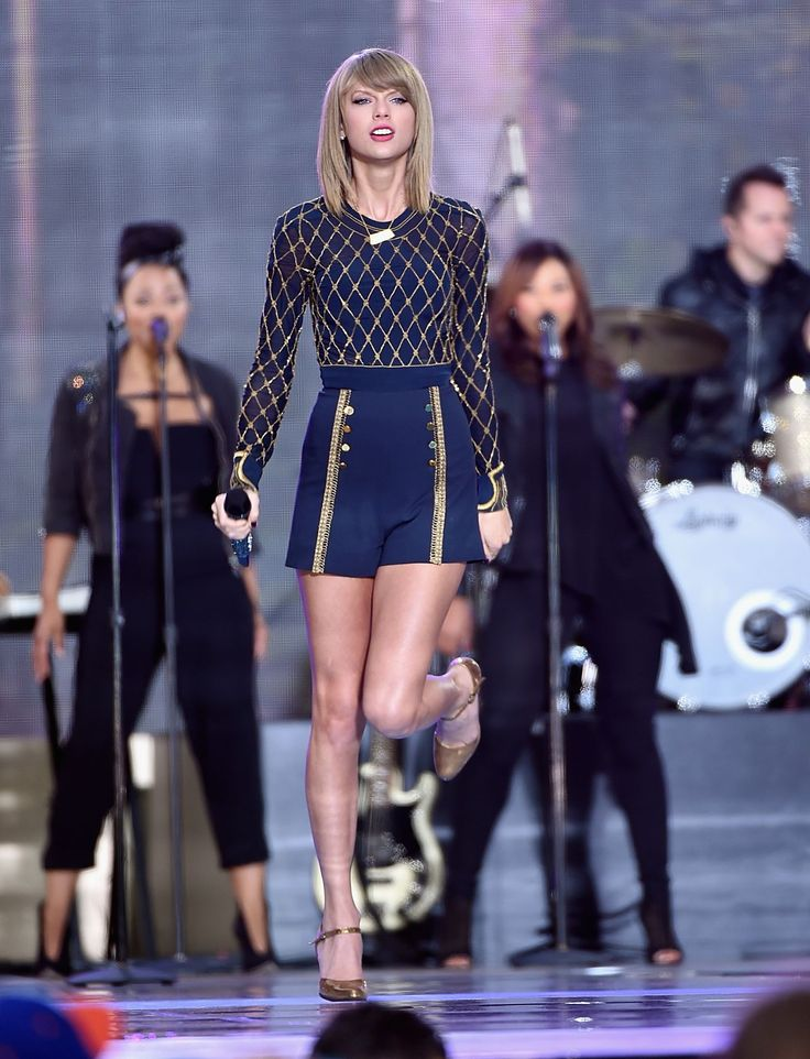 taylor swift gma 2014 | Taylor Swift Performs in concert at 'Good Morning America' in New York ...
