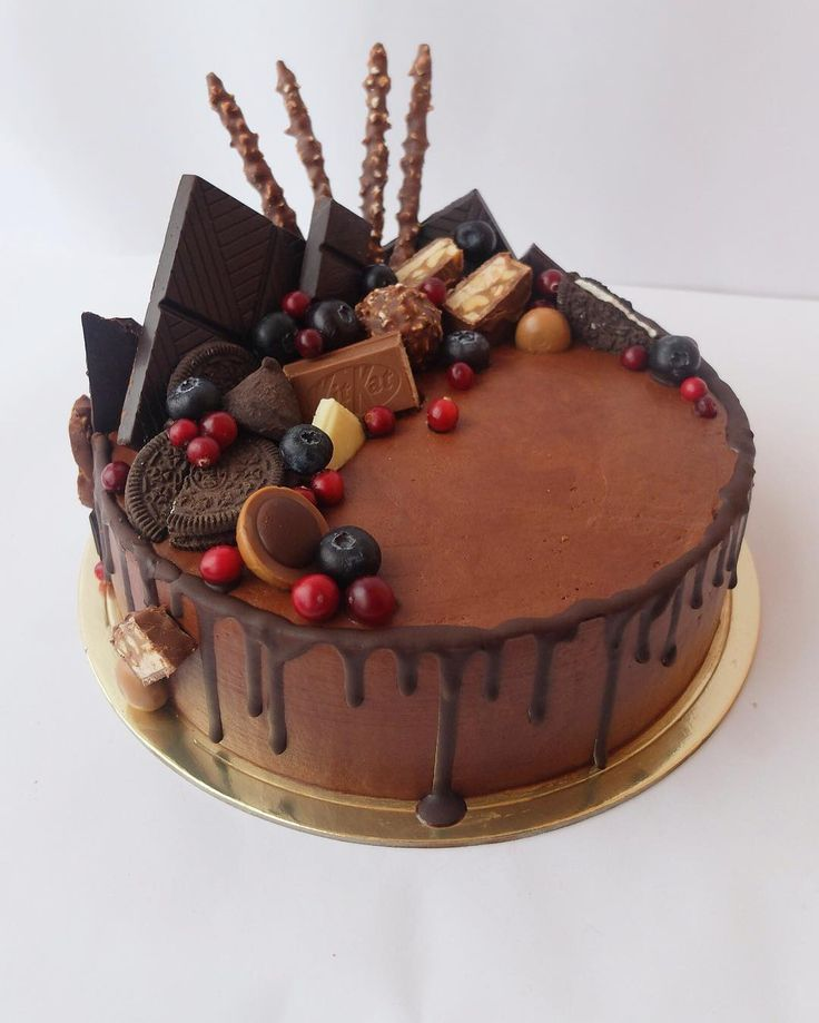 "231 To se mi líbí, 8 komentářů – Olga_Maya_Olga (@profiterole_cake) na Instagramu: ""Мужской внутри медовик #profiterole_mancake"""