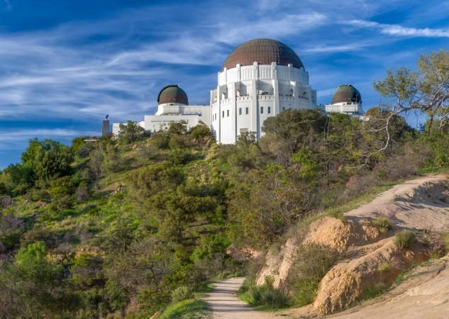 Griffith Park Hiking Trails Lovetoknow Outdoor Guide Incredible Places Griffith Park